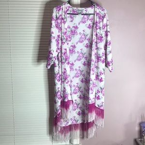 Other - Kimono with Floral print